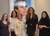 Άννα Μαρία Παπίρη, Αϊνόλα Τερζοπούλου, Μαργαρίτα Βενάρδου marketing manager VICHY, Βίκυ Κουλιανού, Μαρία Κουλουρίδου, senior product manager VICHY.