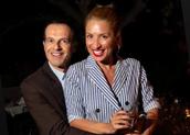 Ο Άρης Καβατζίκης με τη στενή του φίλη Μαρία Ηλιάκη