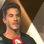 """Ο Νίκος Οικονομόπουλος αποκαλύπτει: """"Αλλάζω σταθμό όταν ακούω τα τραγούδια μου στο ραδιόφωνο"""""""