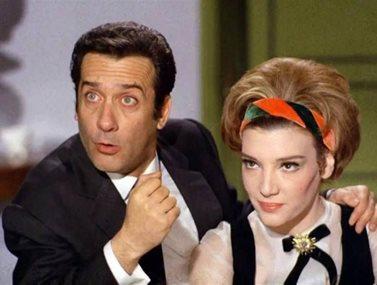 """""""Μια Ιταλίδα από την Κυψέλη"""": Ποια ηθοποιός θα πρωταγωνιστήσει στο remake της θρυλικής ταινίας;"""
