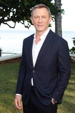 Daniel Craig: Στο χειρουργείο ο γοητευτικός James Bond