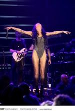 Πάολα: Εμφανίστηκε ημίγυμνη σε συναυλίες της στην Αμερική!