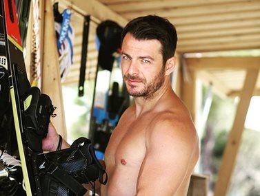 Γιώργος Αγγελόπουλος: Με αυτή τη γυμναστική διατηρεί το καλλίγραμμο σώμα του