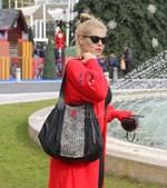 Μαρία Κορινθίου: Δείτε την ηθοποιό σε εμπορικό κέντρο με την κόρη της, Ισμήνη