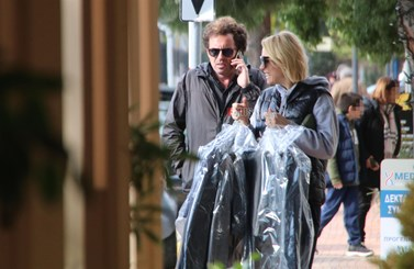 Paparazzi! Βίκυ Καγιά – Ηλίας Κρασσάς: Πρωινή έξοδος για ψώνια