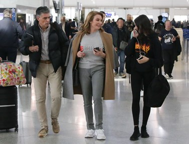 Τατιάνα Στεφανίδου – Νίκος Ευαγγελάτος: Στο αεροδρόμιο με την κόρη τους, Λυδία!