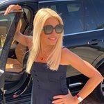 Η Ελένη Μενεγάκη μαθαίνει να κάνει Instagram Story!