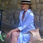 Τζένη Μπαλατσινού: Δε φαντάζεστε ποιος την επισκέφθηκε στην Πάτμο!