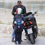 Γιώργος Λιάγκας: Καλοκαιρινή βόλτα με το γιο του Γιάννη στη Βουλιαγμένη