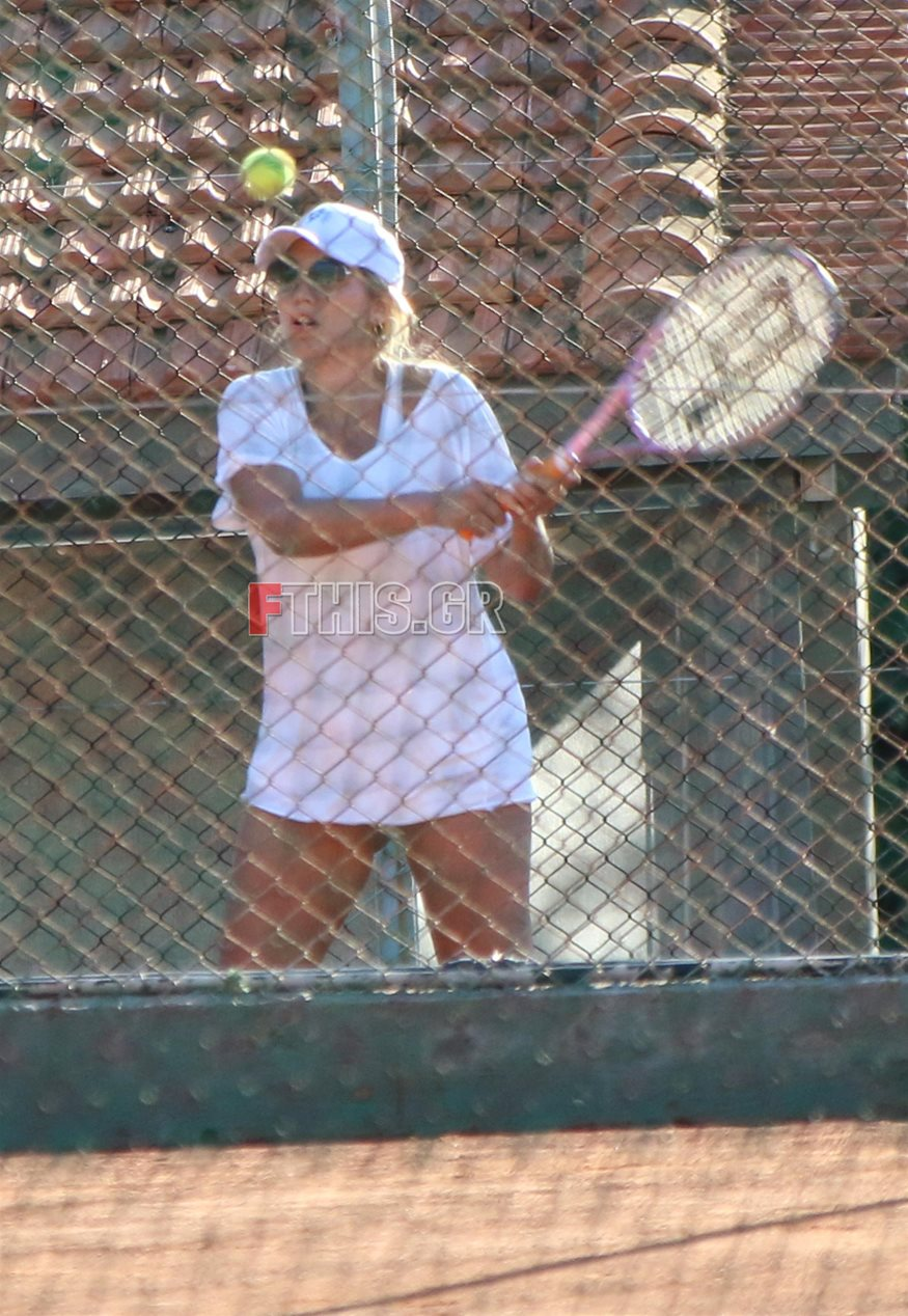 Paparazzi! H Κωνσταντίνα Σπυροπούλου για τένις