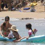 Paparazzi! Σταματίνα Τσιμτσιλή: Καλοκαιρινές βουτιές στην Πάρο μαζί με τα παιδιά της