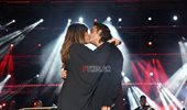 Καίτη Γαρμπή - Διονύσης Σχοινάς: Το τρυφερό φιλί που αντάλλαξαν στη σκηνή!