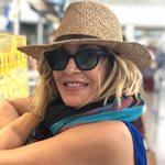 Άννα Βισσή: Δείτε με ποια Ελληνίδα ποζάρει στο μετρό της Αμερικής