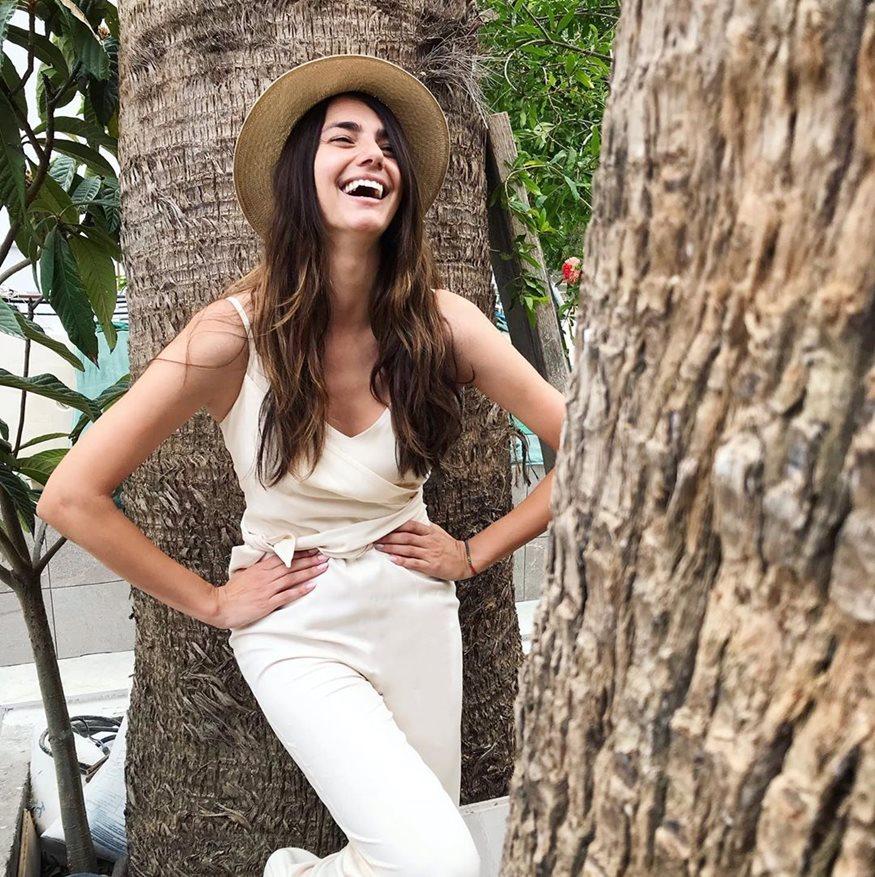 Ηλιάνα Παπαγεωργίου: Ποζάρει topless στην Μύκονο!