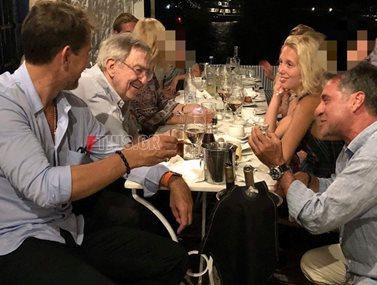 Τέως Βασιλιάς Κωνσταντίνος: Στις Σπέτσες με την οικογένειά του