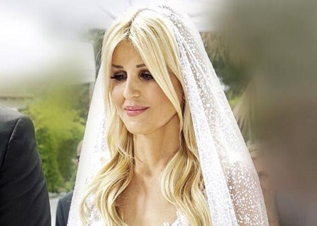 Έλενα Ράπτη: Το δημόσιο ευχαριστώ και οι νέες φωτογραφίες που δημοσίευσε από τον γάμο της!