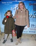 Λίνα Σακκά:Σπάνια έξοδος με τον γιο της!