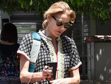 Paparazzi! Τζένη Μπαλατζινού: Για ψώνια στο κέντρο της Αθήνας