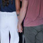 Χέρι-χέρι σε σπάνια βραδινή έξοδο το νέο hot ζευγάρι της ελληνικής showbiz!