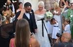 Ελισάβετ Μουτάφη - Μάνος Νιφλής: Ο τρυφερός πρώτος χορός του ζευγαριού στη δεξίωση του γάμου τους!