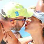 Paparazzi! Νικολέττα Καρρά - Φώτος Πιττάτζης: Τρυφερά ενσταντανέ στην παραλία!