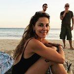 Κατερίνα Παπουτσάκη: Ποζάρει με ολόσωμο μαγιό, λίγο πριν το τέλος των διακοπών της