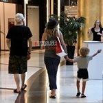 Αποκλειστικό! Άννα Βίσση - Νίκος Καρβέλας: Βόλτα με τα εγγόνια τους!