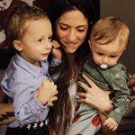 Σοφία Καρβέλα: Τρυφερές φωτογραφίες με τους γιους της