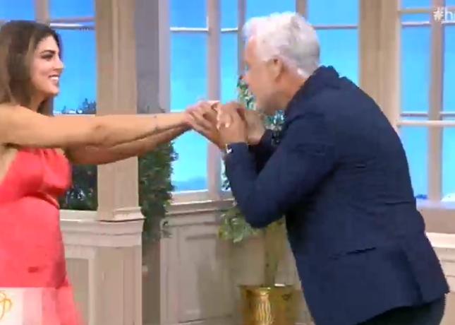 Το Happy Day έκανε πρεμιέρα: Τι είπε η Σταματίνα Τσιμτσιλή στην έναρξη της εκπομπής;