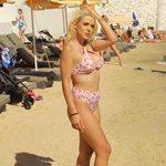 Paparazzi! Στέλλα Μιζεράκη: Καυτή εμφάνιση σε παραλία της Μυκόνου