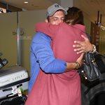 Σάββας Πούμπουρας: Επέστρεψε στην Ελλάδα και έπεσε στην αγκαλιά της συζύγου του, Αρετής Θεοχαρίδη