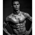 Το εξωφρενικό ποσό που βγάζει ο Κριστιάνο Ρονάλντο για κάθε post που κάνει στο Instagram