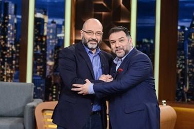 Γρηγόρης και Σάκης Αρναούτογλου μαζί στο The 2 Night Show!