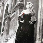 Ελένη Μενεγάκη: Η εντυπωσιακή της φωτογράφιση στη Ρώμη 17 χρόνια πριν!