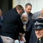 Συνελήφθη ο ιδρυτής του Wikileaks Τζούλιαν Ασάνζ