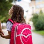 Γιατί ΔΕΝ πρέπει να ρωτάτε τα παιδιά σας αν είχαν μια καλή μέρα στο σχολείο;