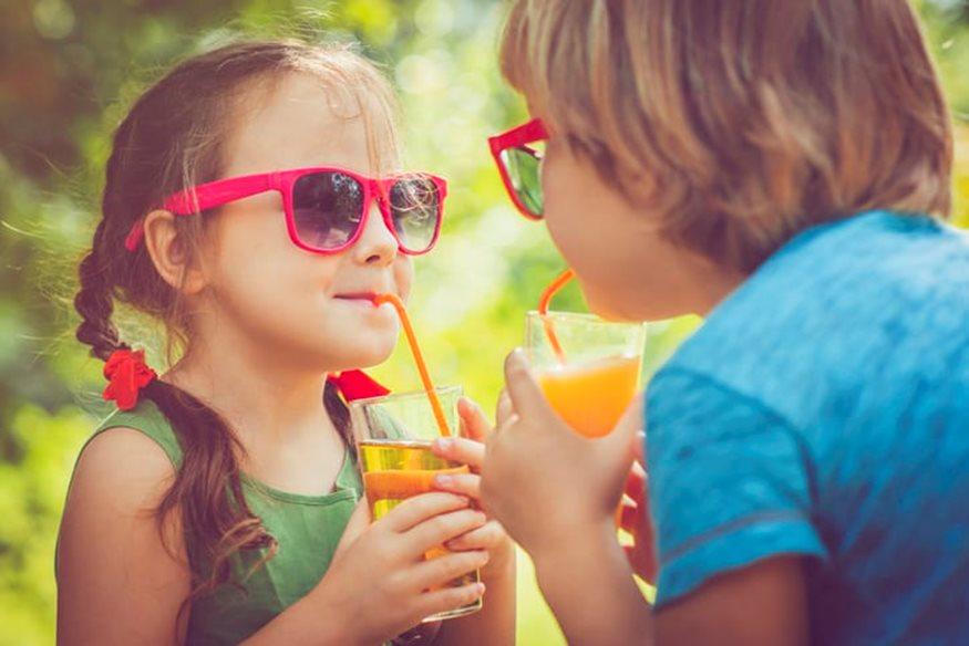 Καύσωνας & παιδιά: 8 συμβουλές που θα τα δροσίσουν!