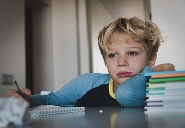 Άγχος στα παιδιά: 6 τρόποι για να το αντιμετωπίσετε σωστά!