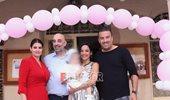 Κατερίνα Τσάβαλου - Δημήτρης Στεργίου: Όλο το φωτογραφικό άλμπουμ της βάφτισης της κόρης τους