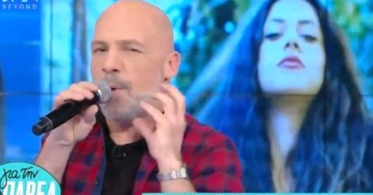 Νίκος Μουτσινάς: Δείτε πως σχολιάζει την φετινή μας εκπροσώπηση στην Eurovision