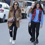 Δέσποινα Βανδή: Βόλτα στη Γλυφάδα με την κόρη της, Μελίνα