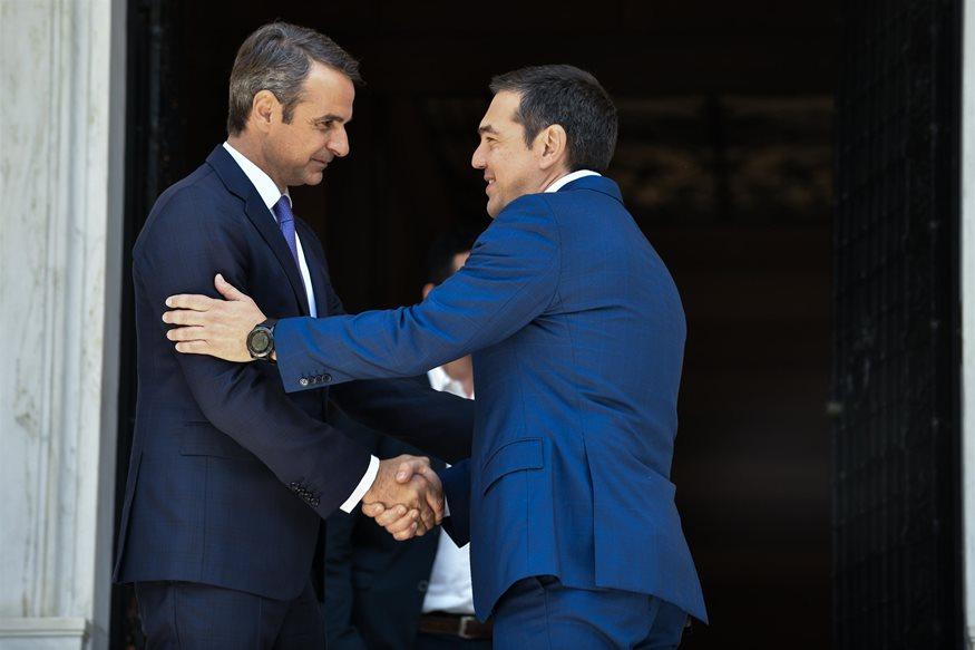 Η αλλαγή στο πρωθυπουργικό Twitter μετά τη νίκη του Κυριάκου Μητσοτάκη στις εκλογές