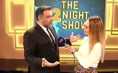Το The 2Night Show επιστρέφει! Αυτός θα είναι ο πρώτος καλεσμένος του Γρηγόρη Αρναούτογλου