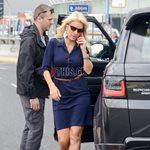Paparazzi! Ελένη Μενεγάκη: Στη λεωφόρο Κηφισίας με απόλυτα chic look!