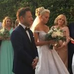 Γάμος Παναγιώταρου - Γιαννόπουλου: Οι πρώτες εικόνες και η εντυπωσιακή άφιξη της νύφης στην εκκλησία