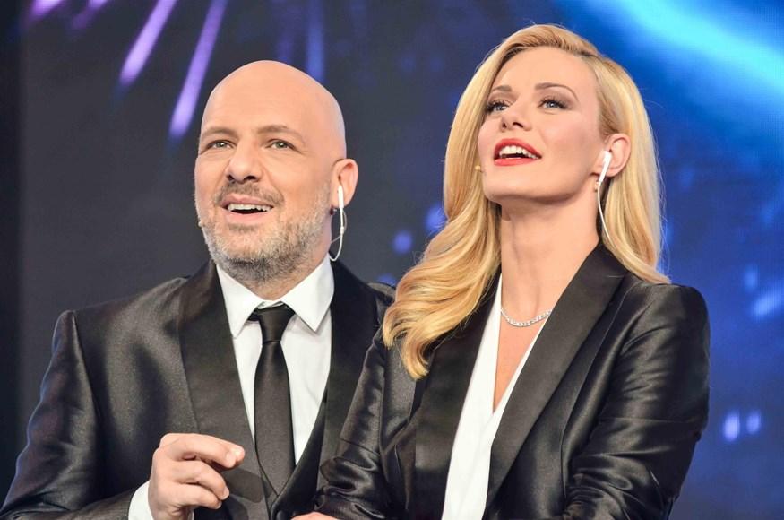 Η πρεμιέρα του Sunday Live τα είχε όλα! Με τη Ζέτα Μακρυπούλια και τον Νίκο Μουτσινά