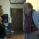 Μανούσος Μανουσάκης: Άνοιξε το σπίτι του στο Πόρτο Ράφτη και μας έδειξε το μποστάνι του!