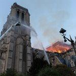 Παναγία των Παρισίων: Συγκλονίζουν οι πρώτες φωτογραφίες από το εσωτερικό του ναού