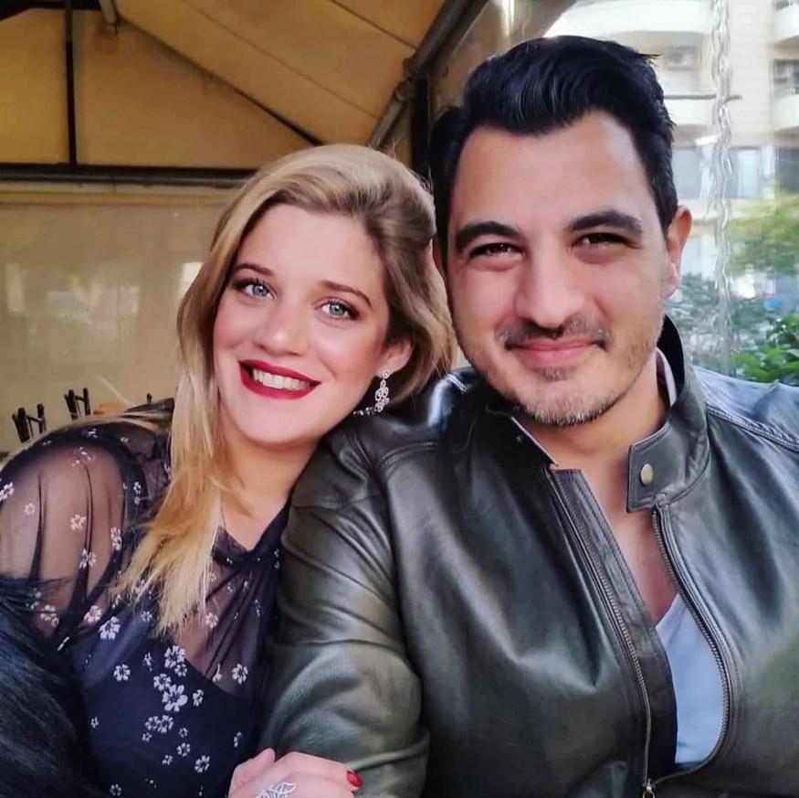 Δήμος Αναστασιάδης: Μας δείχνει τη φουσκωμένη κοιλίτσα της Τζένης Θεωνά