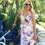 Ελένη Μενεγάκη: Μεσημεριανή βόλτα στο πάρκο με κομψό look!